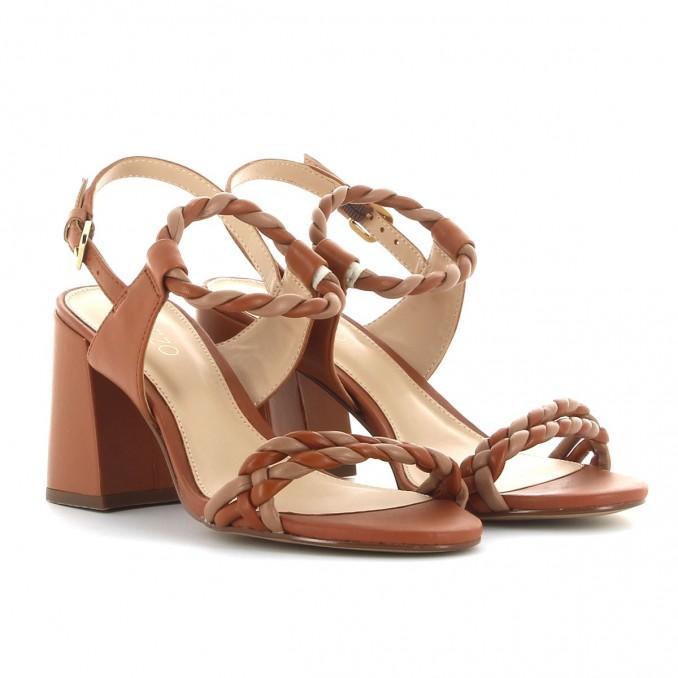 Sandálias Camel Senhora