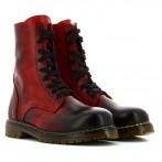 Botas vermelhas pintadas à mão