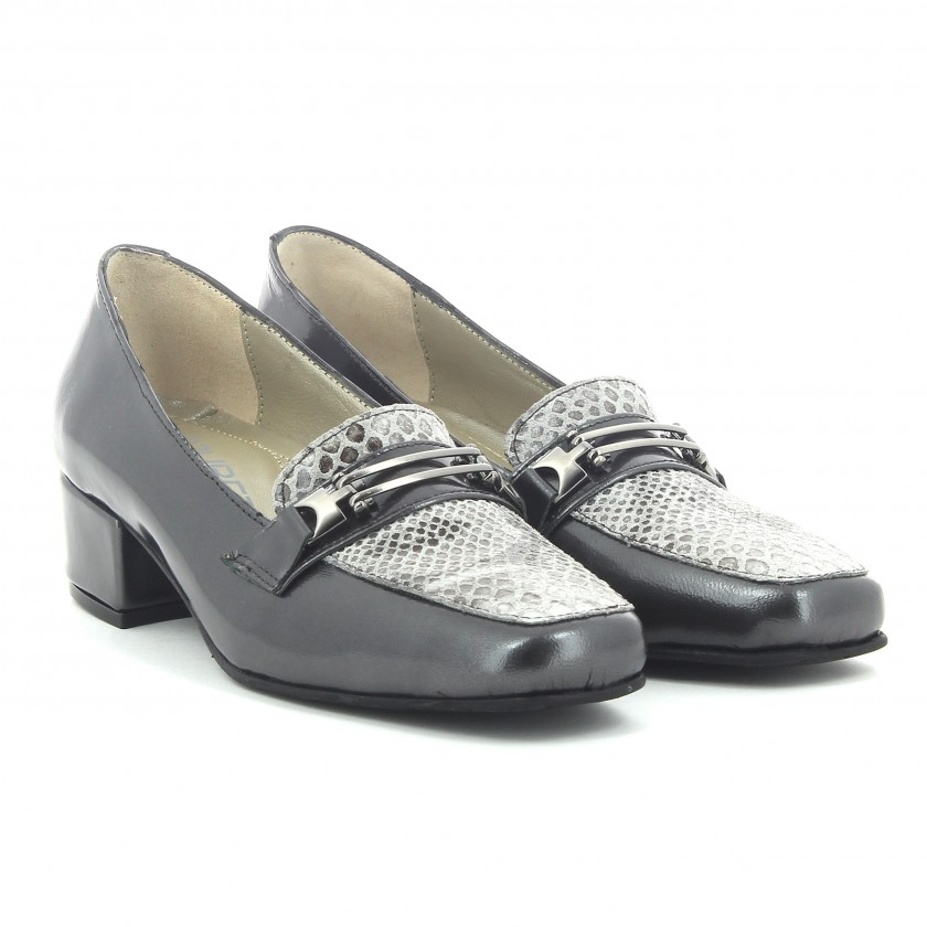 Sapatos Verniz Cinza Senhora